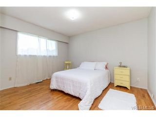 Photo 14: 964 Nicholson St in VICTORIA: SE Lake Hill House for sale (Saanich East)  : MLS®# 732243