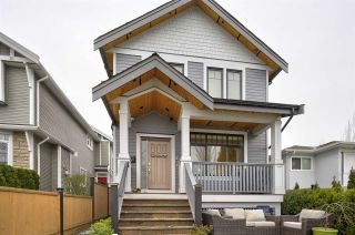 Photo 1: 1524 E PENDER Street in Vancouver: Hastings 1/2 Duplex for sale (Vancouver East)  : MLS®# R2539505