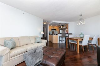 """Photo 5: 3002 583 BEACH Crescent in Vancouver: Yaletown Condo for sale in """"PARK WEST II"""" (Vancouver West)  : MLS®# R2577969"""