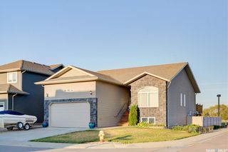 Photo 2: 947 Coppermine Way in Martensville: Residential for sale : MLS®# SK849342