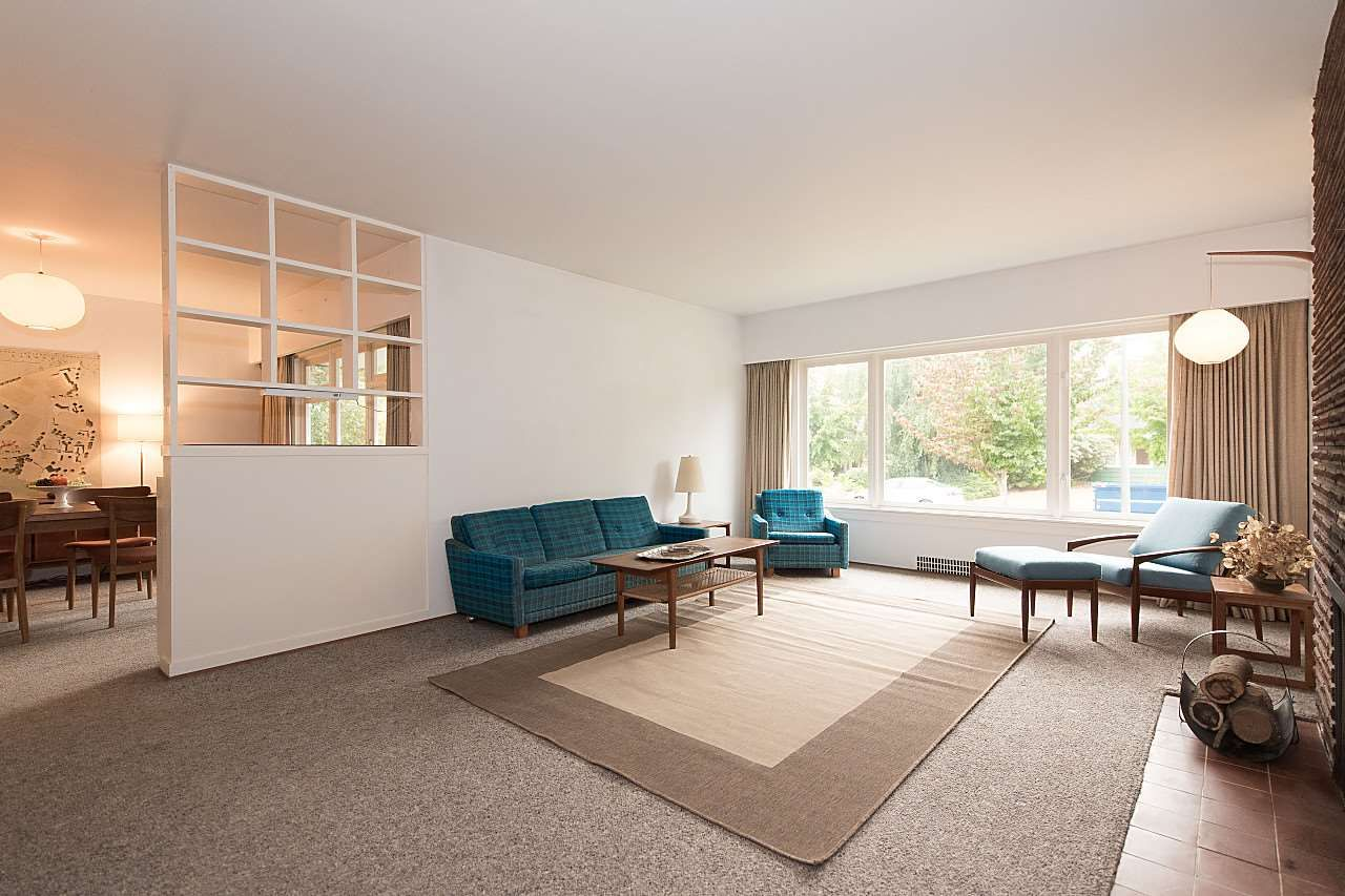Main Photo: 4922 QUEENSLAND Road in Vancouver: University VW House for sale (Vancouver West)  : MLS®# R2203821