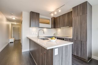 "Photo 11: 1604 668 COLUMBIA Street in New Westminster: Quay Condo for sale in ""TRAPP & HOLBROOK"" : MLS®# R2541245"