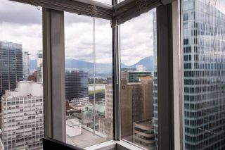 """Photo 18: 2607 438 SEYMOUR Street in Vancouver: Downtown VW Condo for sale in """"Conference Plaza"""" (Vancouver West)  : MLS®# R2574733"""