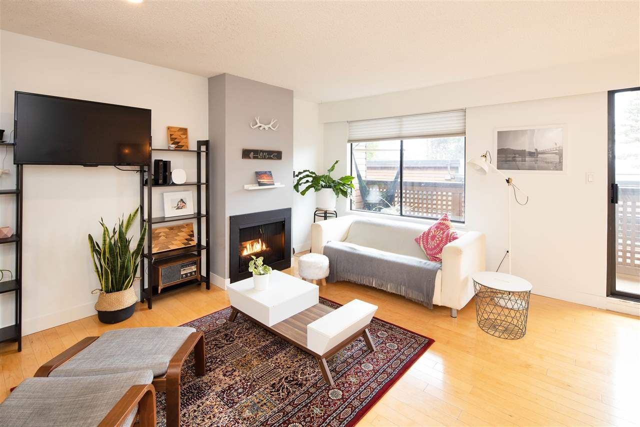 Photo 2: Photos: 3247 LONSDALE Avenue in North Vancouver: Upper Lonsdale Townhouse for sale : MLS®# R2521681