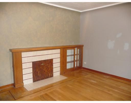 Photo 6: Photos: 2457 BROCK Street in Vancouver: Collingwood VE House for sale (Vancouver East)  : MLS®# V810270