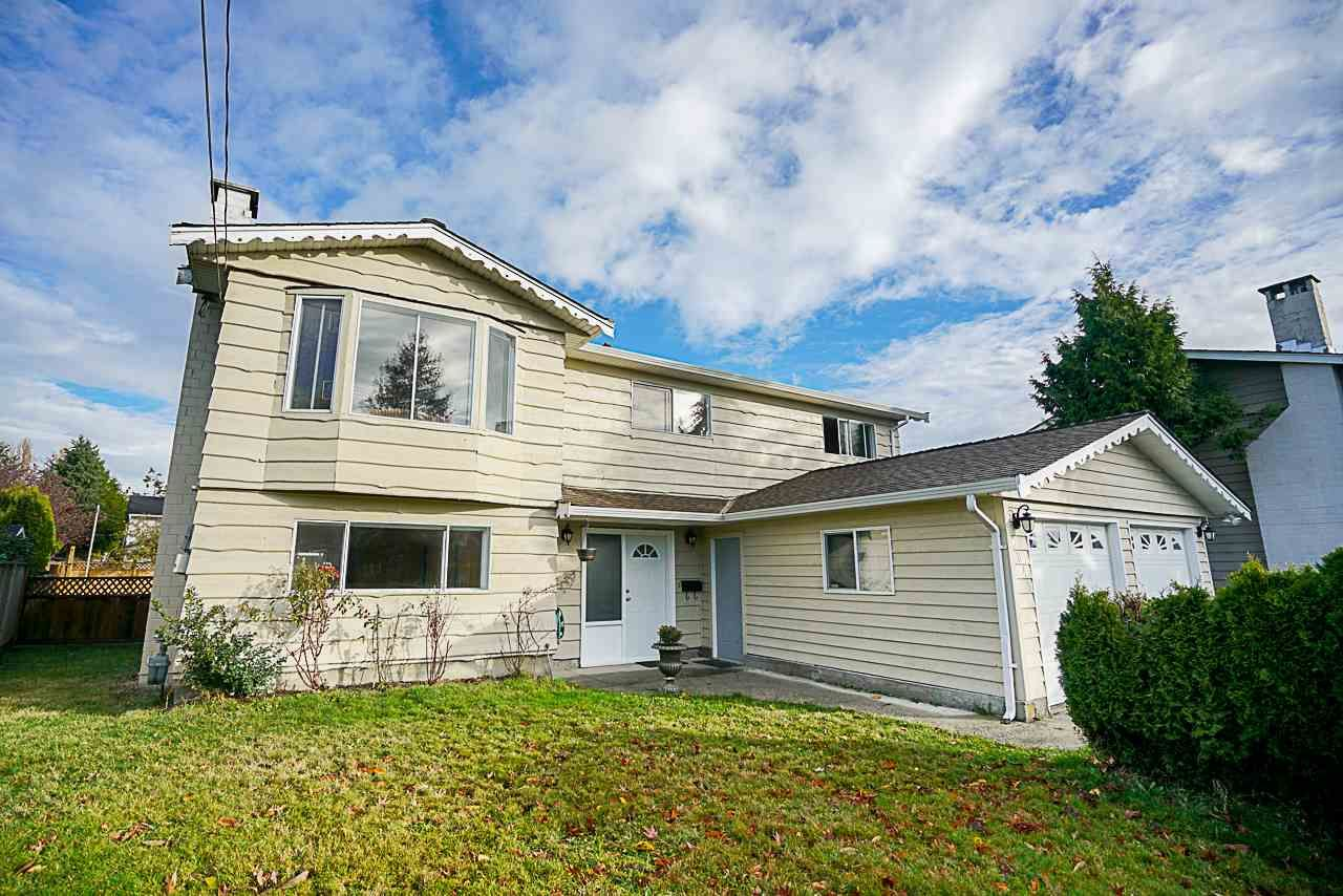 Main Photo: 6049 49B Avenue in Delta: Holly House for sale (Ladner)  : MLS®# R2221972