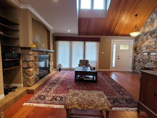 Photo 5: 15310 21 Avenue in Surrey: King George Corridor House for sale (South Surrey White Rock)  : MLS®# R2543618