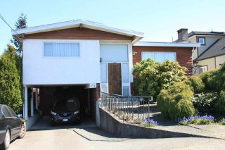 Photo 1: 4756 SMITH Avenue in Burnaby: Central Park BS House for sale (Burnaby South)  : MLS®# R2591512