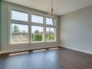 Photo 17: 3182 Wessex Close in : OB Henderson House for sale (Oak Bay)  : MLS®# 883456