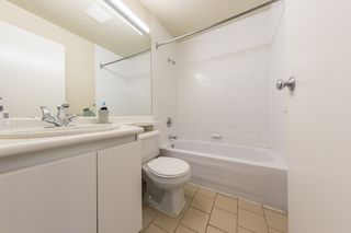 "Photo 11: 1004 989 NELSON Street in Vancouver: Downtown VW Condo for sale in ""THE ELECTRA"" (Vancouver West)  : MLS®# R2435336"