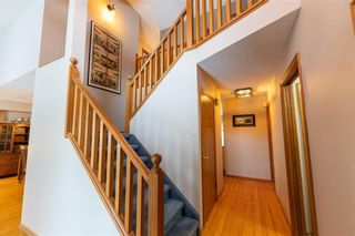 Photo 4: 87 Brittany Drive in Winnipeg: Residential for sale (1G)  : MLS®# 202100356