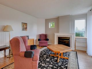 Photo 3: 106 6585 Country Rd in Sooke: Sk Sooke Vill Core Condo for sale : MLS®# 887467
