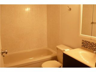 """Photo 6: 305 2885 SPRUCE Street in Vancouver: Fairview VW Condo  in """"FAIRVIEW GARDENS"""" (Vancouver West)  : MLS®# V1104941"""