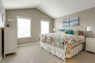 """Photo 11: 7027 180 Street in Surrey: Cloverdale BC Condo for sale in """"Provinceton"""" (Cloverdale)  : MLS®# R2147805"""