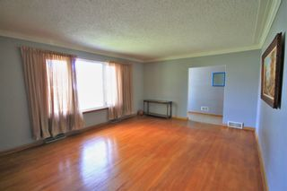 Photo 4: 26 Portland Avenue in Winnipeg: Residential for sale (2D)  : MLS®# 202010814