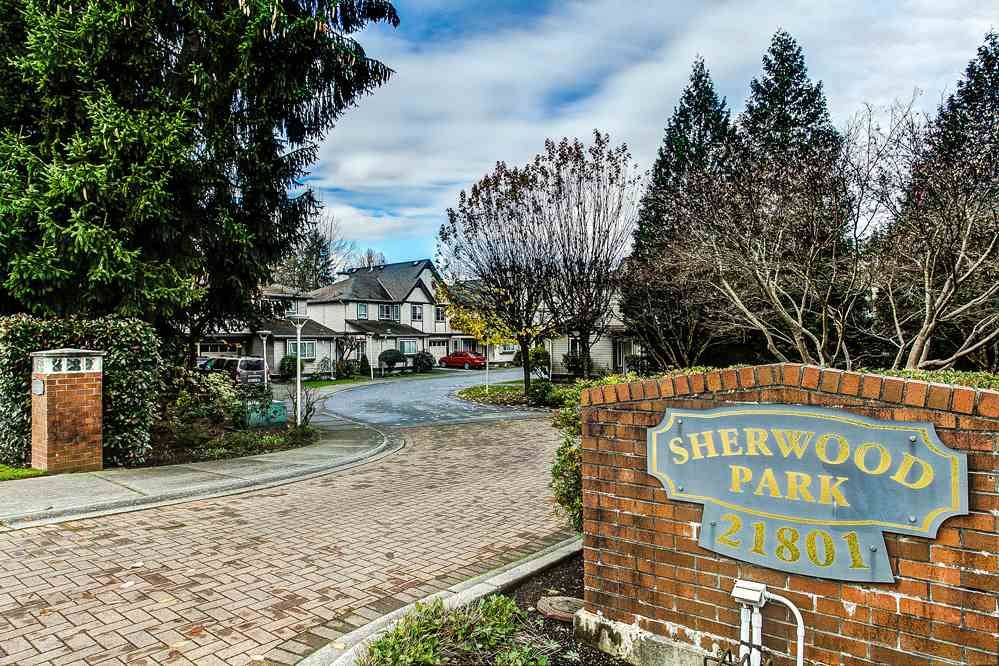 "Main Photo: 3 21801 DEWDNEY TRUNK Road in Maple Ridge: West Central Townhouse for sale in ""SHERWOOD PARK"" : MLS®# R2124804"
