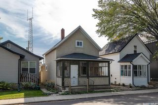 Photo 3: 315 25th Street West in Saskatoon: Caswell Hill Residential for sale : MLS®# SK870544