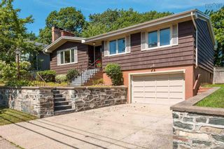 Photo 1: 2825 Joseph Howe Drive in Halifax: 4-Halifax West Residential for sale (Halifax-Dartmouth)  : MLS®# 202123157