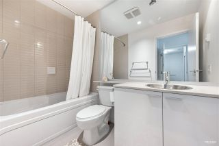 """Photo 15: 127 REGIMENT Square in Vancouver: Downtown VW Condo for sale in """"Spectrum"""" (Vancouver West)  : MLS®# R2590314"""