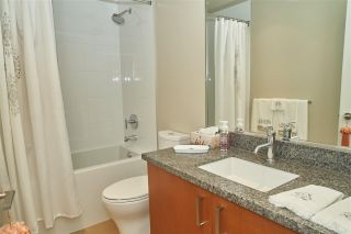 "Photo 14: 1601 3008 GLEN Drive in Coquitlam: North Coquitlam Condo for sale in ""M2"" : MLS®# R2371560"