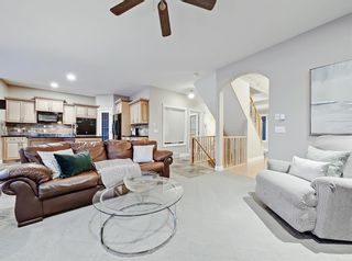 Photo 12: 30 Springborough Crescent SW in Calgary: Springbank Hill Detached for sale : MLS®# A1070980