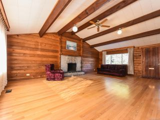 Photo 11: 1975 DOGWOOD DRIVE in COURTENAY: CV Courtenay City House for sale (Comox Valley)  : MLS®# 806549