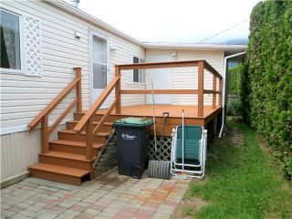 """Photo 9: 30 39768 GOVERNMENT Road in Squamish: Northyards Manufactured Home for sale in """"THREE RIVERS MOBILE HOME PARK"""" : MLS®# V1124602"""