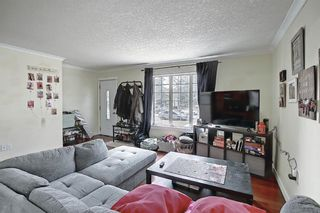 Photo 6: 4328 70 Street NW in Calgary: Bowness Detached for sale : MLS®# A1093003