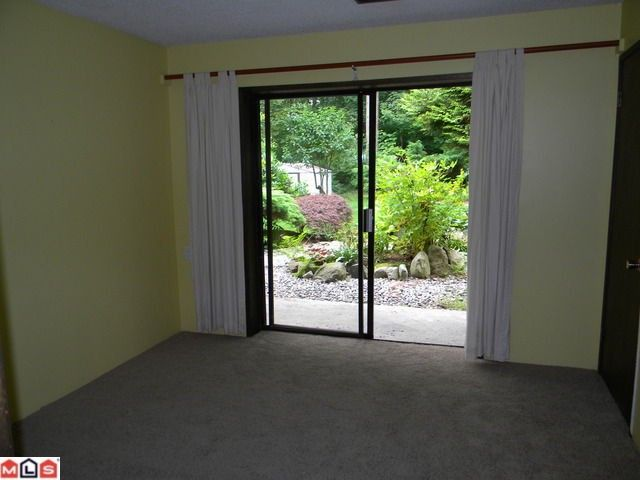 Photo 8: Photos: 2282 173RD Street in Surrey: Pacific Douglas House for sale (South Surrey White Rock)  : MLS®# F1119284