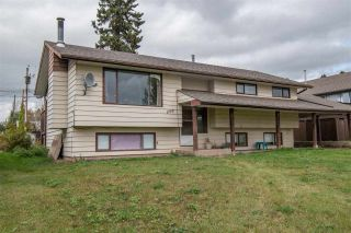 Photo 1: 1773 MAIN Street in Smithers: Smithers - Town House for sale (Smithers And Area (Zone 54))  : MLS®# R2408797
