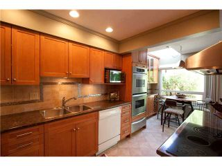 """Photo 3: 14 5651 LACKNER Crescent in Richmond: Lackner Townhouse for sale in """"MADERA COURT"""" : MLS®# V1058288"""
