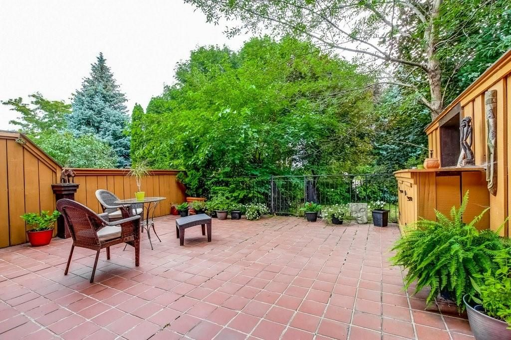Photo 21: Photos: 23 HARBOUR Drive in Stoney Creek: Residential for sale : MLS®# H4086318