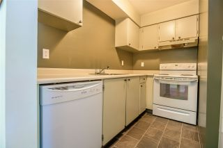"""Photo 6: 407 10560 154 Street in Surrey: Guildford Condo for sale in """"CREEKSIDE 1"""" (North Surrey)  : MLS®# R2369078"""