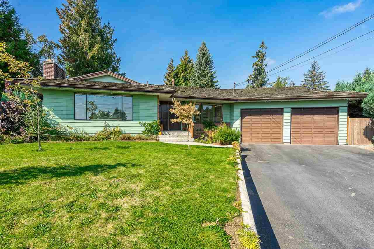 """Main Photo: 2055 MAJESTIC Crescent in Abbotsford: Abbotsford West House for sale in """"Mill Lake Area"""" : MLS®# R2328020"""
