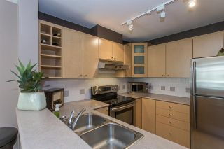 """Photo 5: 422 3122 ST JOHNS Street in Port Moody: Port Moody Centre Condo for sale in """"SONRISA"""" : MLS®# R2159286"""