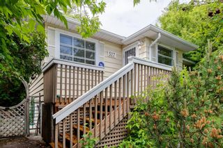 Photo 2: 527 6A Street NE in Calgary: Bridgeland/Riverside Detached for sale : MLS®# A1118083