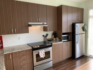 """Photo 6: 76 10415 DELSOM Crescent in Delta: Nordel Townhouse for sale in """"EQUINOX at SUNSTONE"""" (N. Delta)  : MLS®# R2433195"""