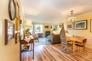 "Photo 2: 617 1350 VIDAL Street: White Rock Condo for sale in ""Seapark Manor"" (South Surrey White Rock)  : MLS®# R2612513"
