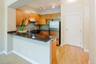 """Photo 3: 212 2280 WESBROOK Mall in Vancouver: University VW Condo for sale in """"KEATS HALL"""" (Vancouver West)  : MLS®# R2275329"""