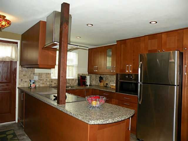 Main Photo: MISSION HILLS Condo for sale : 2 bedrooms : 4057 Brant Street #5 in San Diego