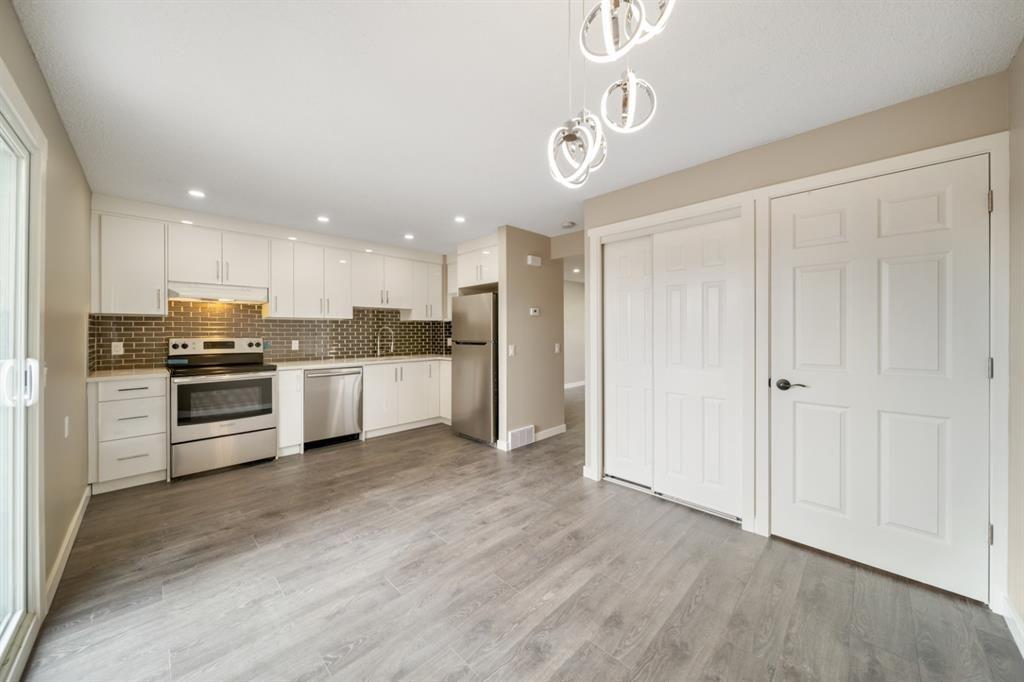 Main Photo: 41 1155 Falconridge Drive NE in Calgary: Falconridge Row/Townhouse for sale : MLS®# A1113566