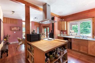 Photo 4: 330 FOREST RIDGE Road: Bowen Island House for sale : MLS®# R2576593