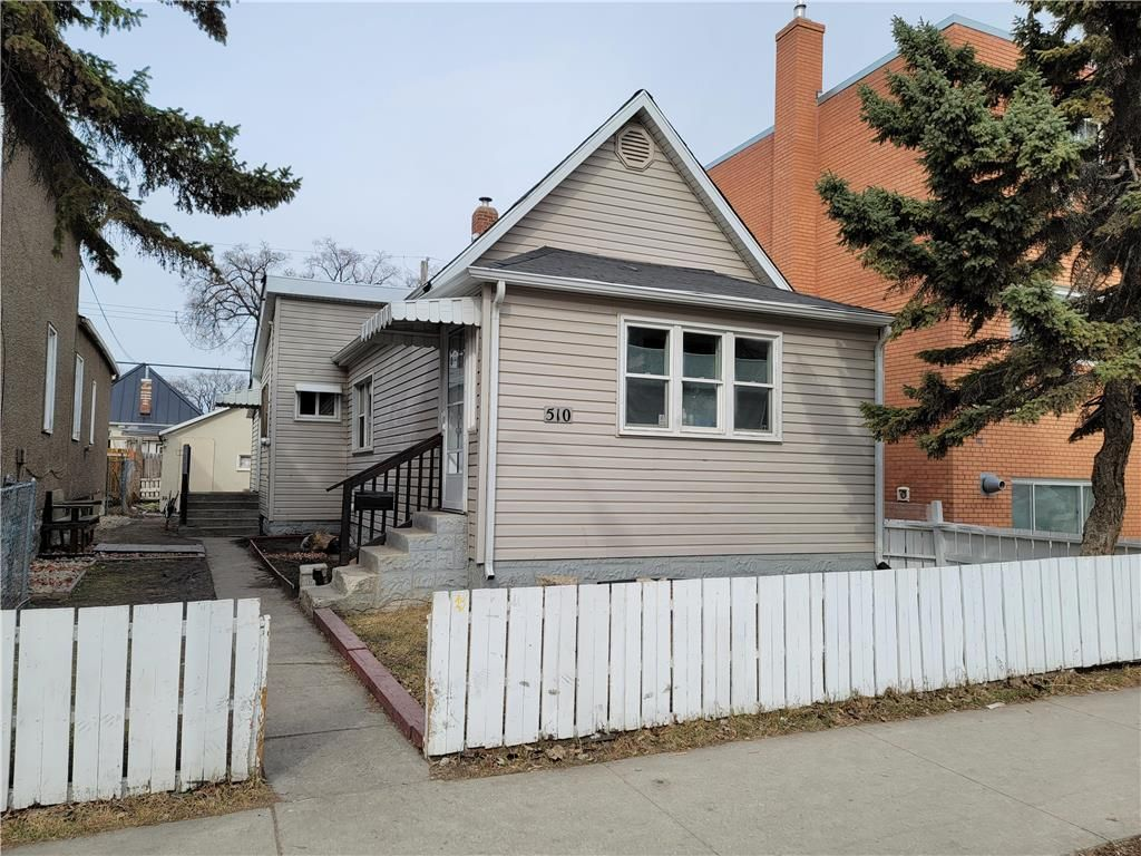 Main Photo: 510 Young Street in Winnipeg: West End Residential for sale (5A)  : MLS®# 202107725
