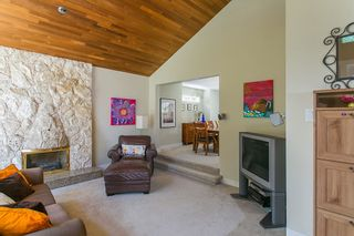 Photo 3: 3383 ROBINSON ROAD in North Vancouver: Lynn Valley House for sale : MLS®# R2096046