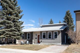Photo 2: 747 Tobin Terrace in Saskatoon: Lawson Heights Residential for sale : MLS®# SK848786