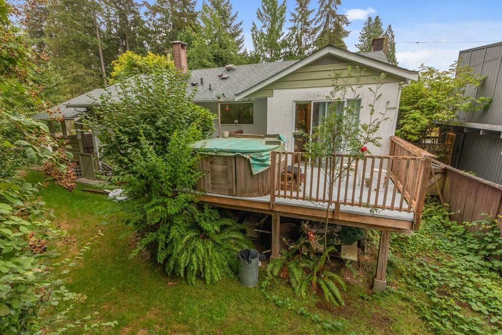 Photo 25: Photos: 1038 MARIGOLD Avenue in North Vancouver: Canyon Heights NV House for sale : MLS®# R2577593