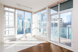 Photo 7: 1903 1189 MELVILLE STREET in Vancouver: Coal Harbour Condo for sale (Vancouver West)  : MLS®# R2354809