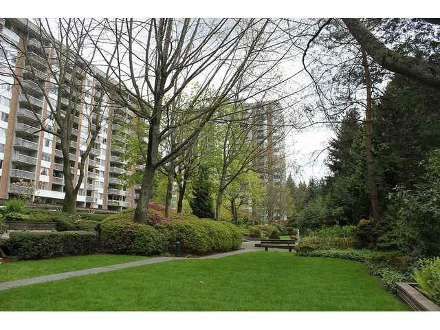 "Photo 4: Photos: 314 2012 FULLERTON Avenue in North Vancouver: Pemberton NV Condo for sale in ""Woodcroft (Pemberton Bldg)"" : MLS®# V1036722"