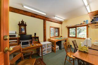 Photo 12: 227 HIGHLAND Trail: Bowen Island House for sale : MLS®# R2613709
