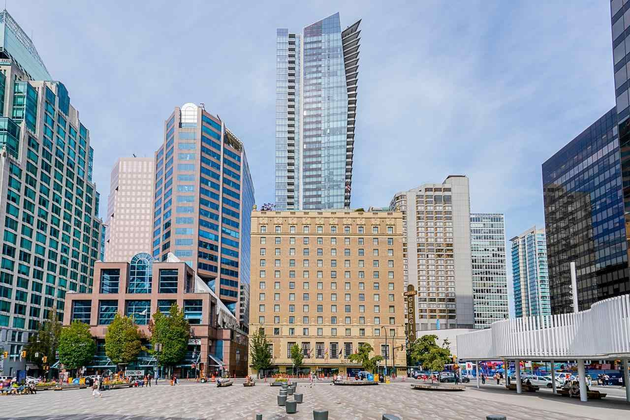 """Main Photo: 3202 667 HOWE Street in Vancouver: Downtown VW Condo for sale in """"Private Residences at Hotel Georgia"""" (Vancouver West)  : MLS®# R2604154"""
